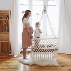 Hammocks, Hanging Chairs, Baby Swings and Doll Furniture in Macramé for your nursery room, home and garden. Handmade in Nicaragua with cotton and sustainable wood. Nursery Room Decor, Nursery Design, Baby Furniture, Doll Furniture, Hanging Crib, Baby Swings, Nursery Inspiration, Bassinet, Hammock