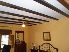 Vigas de madera para decorar los techos rústicos