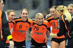 What a team - handball dutch Just A Game, Work Hard, Holland, Dutch, Crushes, Challenges, Shades, Orange, Female