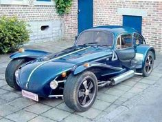 """A """"Locost (replica of a Lotus with a bug cab and bodywork, pretty neat. Weird Cars, Cool Cars, Combi Wv, Vw Rat Rod, Auto Volkswagen, Lotus 7, Kdf Wagen, Bug Car, Vw Cars"""