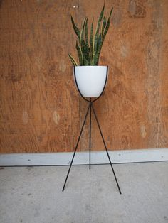 Mid Century Bullet Plant Stand by ELEMENTSofIRONnWOOD on Etsy