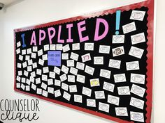 How to Make the I Applied! Bulletin Board How to Make the I Applied! School Counselor Office, School Guidance Counselor, High School Counseling, High School Classroom, Counseling Office, School Office, Guidance Bulletin Boards, Counselor Bulletin Boards, College Bulletin Boards