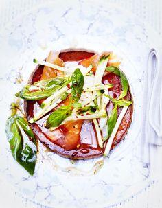 Recette Pascade au saumon, mozzarella et basilic : Préparation: 10mn >Cuisson: 15 mnPréchauffez le four sur th.7-8/220° en mode chaleur tournante. ...