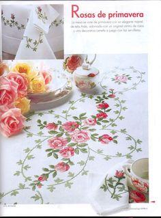 MANIA DE BORDAR: Gráfico de toalha de mesa luxuosa com rosas