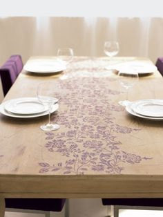 i want to paint my table gray and stencil something on it...maybe something like this?
