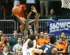 Feb. 5, 2014 - No. 25 Pitt 59, Miami 55 (OT) (Photo: Associated Press)
