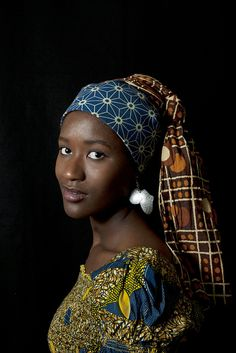 African Pearl - Ben Anastase, set up like the Girl with the pearl earring