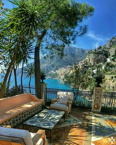 Amalfi Coast Tours in south of Italy by locals. Discover the Amalfi Coast with us by visiting places like Amalfi, Ravello, Capri, Positano. Vacation Destinations, Dream Vacations, Vacation Spots, Holiday Destinations, Vacation Places, Vacation Ideas, Siena Toscana, The Places Youll Go, Places To Go