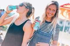 At BOS we believe that healthy should be fun. That's why we make refreshing ice tea with organic rooibos and natural fruit flavours. Sports Drink, Iced Tea, Energy Drinks, Organic, Hot, Women, Ice T, Sweet Tea, Woman