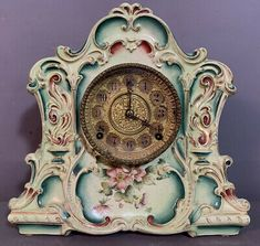 Overall in very good condition with no key or pendulum present. If you have been following Us. We are Out Picking the East Coast Weekly, So you don't have to! Victorian Fashion, East Coast, Clocks, Key, Antiques, Bonn, Antiquities, Antique