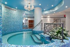 would love a small walk in indoor pool! (this is a spa in Canada0