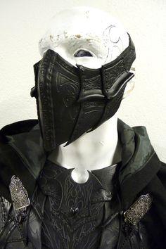 http://fc09.deviantart.net/fs44/f/2009/070/2/6/drow_specialist_assasins_mask_by_Sharpener.jpg