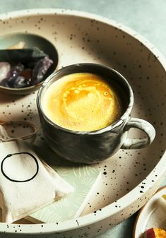 GOLDEN SERENE LATTE