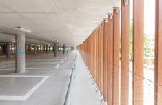 Gallery of Parking Garage Cliniques Universitaires Saint-Luc / de Jong Gortemaker Algra + Modulo architects - 9