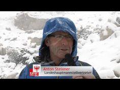 Dauereinsatz für die Tiroler Landesgeologen. Auch Landeshauptmannstellvertreter Anton Steixner macht sich vorort ein Bild