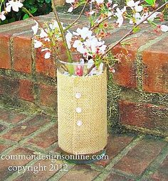 Burlap Covered Vase Tutorial { A Quick and Easy Gift Idea }