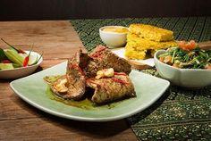 Asiatisk løvbiff med riskaker French Toast, Beef, Breakfast, Food, Cilantro, Spinach, Meat, Morning Coffee, Eten