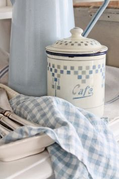 blue and white, kitchen, and country decor image