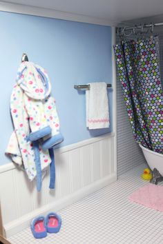 The bathroom: first share of dd's AG doll house | American Girl Playthings!