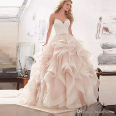 Gorgeous Ball Gown Princess Wedding Dress 2017 Lace Sexy Backless Bride Gown With Spaghetti Straps Casamento Vestidos De Noiva Ball Gowns Dresses Brides Wedding Dresses From Beautylonline, $189.95| Dhgate.Com