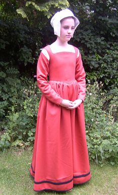 Pattern for Girls' Tudor Kirtles and Petticoats by TheTudorTailor, £18.00