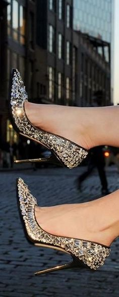Shine bright like a diamond - Jimmy Choo ♥✤ | KeepSmiling | BeStayClassy                                                                                                                                                     More