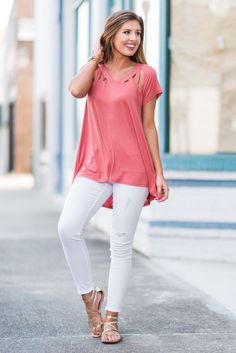 """""""Going On Tour Top, Terracotta""""Just because it's a casual day doesn't mean you have to look it! You could wear this trendy top and look fab while feeling great! #newarrivals #shopthemint"""