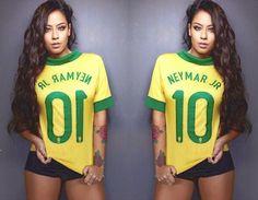 Rafaella wearing a Neymar t-shirt ❤