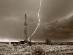 Drilling Rig, lightning, lightning strike, oil and gas photography, fine art, Midland Texas, Midland County