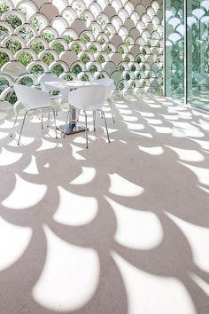 Scalloped wall -- Curated by: Suncoast Screen Enclosures | PO BOX 2535 - 2453 hwy 97 N Kelowna bc v1x 6a6  | 1-877-449-5106