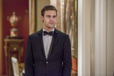 """Star-Crossed Episode 1.6 """"Stabbed with a White Wench's Black Eye"""" Preview « Real TV Reviews"""