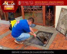 Destape y limpieza de cajas de inspección. #plomeria