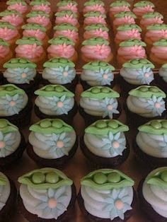 two peas in a pod cupcakes... I like the blue and pink flowers