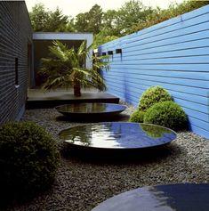 53a6bc3448 Image via Amazon Garden Art