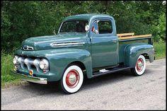 1951 Ford F1 Pickup 239 CI, 3-Speed