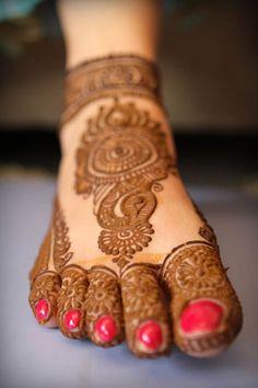 Bridal Mehndi Designs Collection 2016-2017 for Wedding Brides  (9)