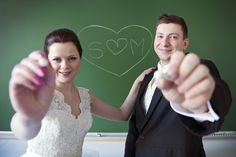 Hääkuvaus koulussa All You Need Is Love, Wedding Photos, Weddings, School, Marriage Pictures, Wedding, Wedding Photography, Bridal Photography, Wedding Pictures