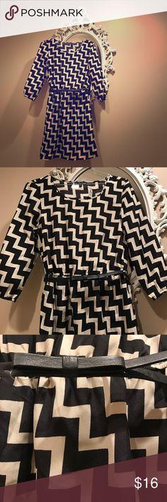 🌸NEW Sz:S Chevron silky tan & black dress NEW Sz:S Chevron silky tan & black dress 👗💕 NWT Bebop brand BeBop Dresses Long Sleeve