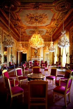 St james palace elizabeth ii renting rooms in st for Garde meuble luxembourg