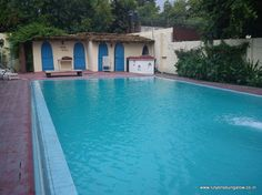 Lutyens Bungalow - Lutyens Guest House, budget rooms with Internet, pool, good food, green lawns, room service in Delhi, India - Home