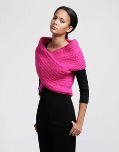 avec de la couleur ideal sur une petite robe noire par contre rose c'est pas terrible