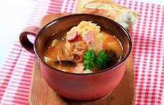 Krumplis-kolbászos savanyúkáposzta-leves - Recept   Femina Ramen, Soup, Ethnic Recipes, Soups