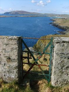 Sumburgh Head is located at the southern tip of the Shetland Mainland. The cliffs are home to large numbers of seabirds and the area is an RSPB nature reserve. Location Shetland Islands, Scotland.