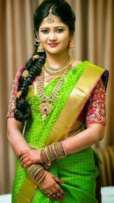 Hairstyle on Saree for Engagement Bridal Hairstyle Indian Wedding, South Indian Bride Hairstyle, Bridal Hairdo, Indian Bridal Hairstyles, Indian Bridal Fashion, South Indian Bride Jewellery, Bridal Sarees South Indian, Bridal Silk Saree, Hair Wedding