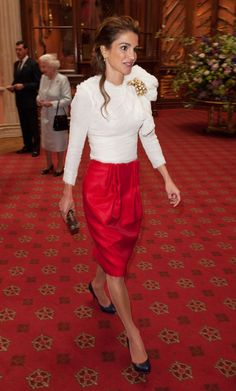 Luv this outfit!!! <3 (Queen Rania)