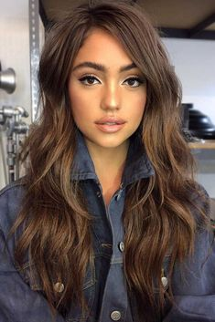 24 Sexy Long Layered Hairstyles 2019 There are countless hairstyles that can be created on the basis of layered haircuts. Let's discover some fresh as well as classy hairstyles for long, layered hair. Haircuts For Long Hair With Layers, Long Layered Haircuts, Layered Hairstyles, Long Layer Hair, Long Hair Cuts With Layers And Side Bangs, Hair Styles Long Layers, Brunette Long Layers, Brown Layered Hair, Long Layered Hair With Side Bangs