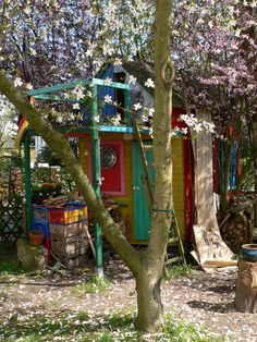 Unser buntes Kinderhaus... Our colorful children's home...