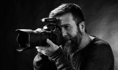 ¿Quienes somos?  Croma Audiovisuales es un estudio de fotografía fresco, alegre y natural. Situado en la calle Montflorit, nº 93 de Gavá (Barcelona).  Juan Carlos Romagosa (Roma) -  Fotógrafo profesional especializado en fotografía industrial, fotografía de estudio y bodas.