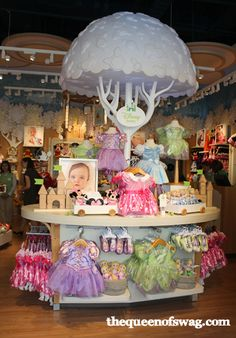 Experience The Magic Of The First Ever @DisneyBaby Store! #DisneyBabyStore