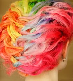 Usually I don't like rainbow hair but this is really adorable